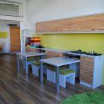 Volksschule Klassenzimmer grün